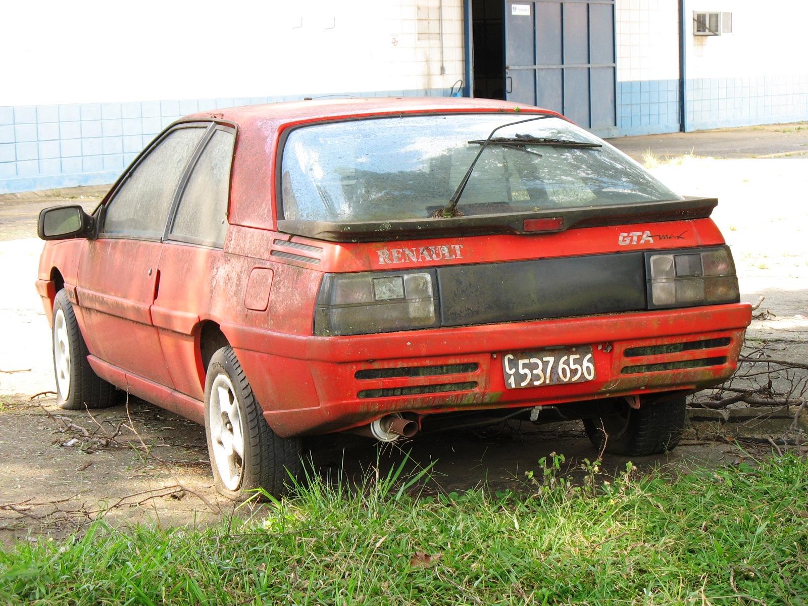 Renault Fuego Carros Orfaos